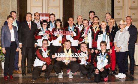 Berlins Sportsenator Andreas Geisel empfing die Berlin-Brandenburger Teilnehmer der Weltspiele 2019 im Roten Rathaus. Foto: SOD/Stephanie Steinkopf